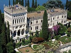 Italian Villas: Villa Ferrari Borghese Cavazzo,,Isola del Garda Italy