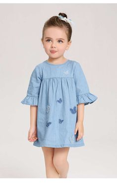 Baby clothes should be selected according to what? How to wash baby clothes? What should be considered when choosing baby clothes in shopping? Baby clothes should be selected according to … Baby Clothes Patterns, Girl Dress Patterns, Toddler Girl Style, Toddler Dress, Baby Girl Fashion, Kids Fashion, Little Girl Dresses, Girls Dresses, Baby Frocks Designs