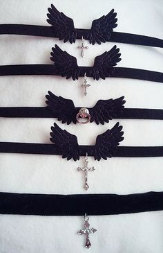 -+one+adjustable+size:+34cm+-+38+cm+ -+wingspan:+7,5+cm+ -+made+with+soft+fake+leather+ -+nickel+free+ -+available+with+three+different+crosses+♥+ -+click+the+picture+&+open+in+a+new+tab+to+see+it+full+size -+if+your+neck+circumference+is+smaller+than+the+choker+circumference+please+leave+a...