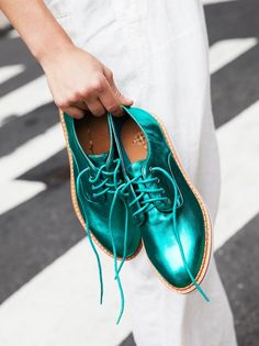 These emerald beauties from are the ultimate statement shoe for a bride who's itching to steal the show. The menswear-inspired shoes are made out of vegan leather and also come in black and nude for a more conservative look. Pretty Shoes, Beautiful Shoes, Cute Shoes, Me Too Shoes, Fashion Shoes, Mens Fashion, Vegan Shoes, Crazy Shoes, Lace Up Shoes