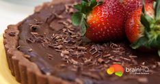 Flavanols, the compounds in dark chocolate that have been associated with cognitive health, are also found in other delicious treats: red wine and coffee are good sources, too. Brain Healthy Foods, Healthy Recipes, Strawberry Tart, Chocolate Covered Strawberries, Yummy Treats, Red Wine, Nutrition, Fruit