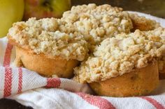 Fall Breakfast Recipe: Streusel-Topped Apple Pie Muffins — Recipes from The Kitchn | The Kitchn