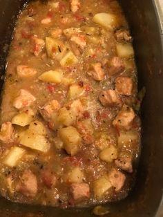 New Mexico Green Chili Recipe, Hatch Green Chili Recipe, Green Chili Recipes, Hatch Chili, Mexican Dishes, Mexican Food Recipes, Soup Recipes, Cooking Recipes, Skillet Recipes