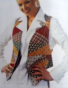 Patchwork patchwork vest models - Stitch, Stitch lecture, Stitch lessons, Stitch videos, Learning to Quilted Clothes, Quilted Vest, Kleidung Design, Vest Pattern, Patchwork Dress, Refashion, Clothing Patterns, Sewing, Jackets