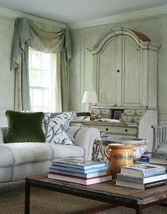 Anna Wintour's living room
