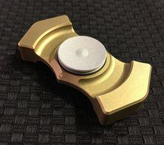 Innova Mfg fidget spinner EDC brass aluminum hand
