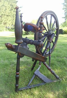 1858 Norwegian or Swedish wheel. Missing post and arm for distaff