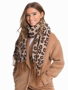 Knitted Leopard Scarf - Nly Accessories - Leopard - Accessories Miscellaneous - Accessories - Women - Nelly.com Uk