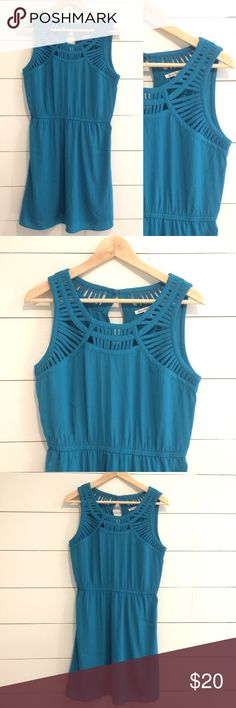 "American Eagle Cutout Dress Turquoise Sleeveless Excellent condition American Eagle Outfitters dress, size Medium. Really cute cutout design at the top of the dress. Keyhole back with button closure. 17.5"" armpit to armpit, 35.5"" length American Eagle Outfitters Dresses Mini"