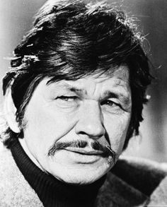 Charles Bronson, a great actor and also a WW II veteran, flew 25 missions in a was wounded in action and awarded the Purple Heart. Hollywood Actor, Hollywood Stars, Old Hollywood, Hollywood Icons, Kevin Costner, Jeri Ryan, Errol Flynn, Hugh Bonneville, Clint Eastwood