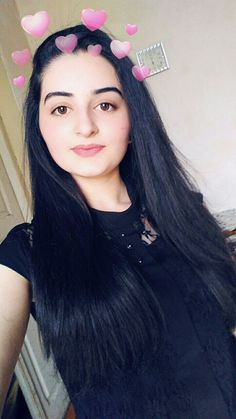 #snapchat #fariha khan Cute Girl Poses, Girl Photo Poses, Girl Photography Poses, Girl Photos, Cute Girls, Beautiful Girl Photo, Cute Girl Photo, Snap Girls, Snapchat Girls