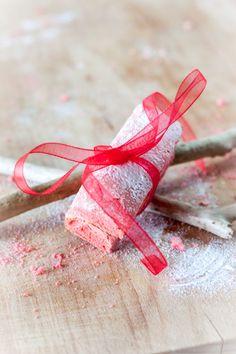 Biscuits roses de Reims – Recette par Mercotte   La Raffinerie Culinaire
