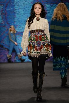 COLLECTION - ANNA SUI FALL 2015