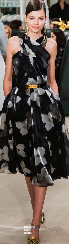 Ralph Lauren but diff shoes Dress Me Up, I Dress, Elegant Dresses, Pretty Dresses, Madeleine Fashion, Moda Outfits, Mode Chic, Ralph Lauren, Mantel