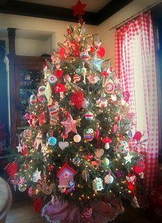 Beautiful Country Christmas Tree.....