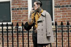 La doble botonadura sigue creciendo #abrigo #must | Rayas y Cuadros: Blog de Moda Masculina