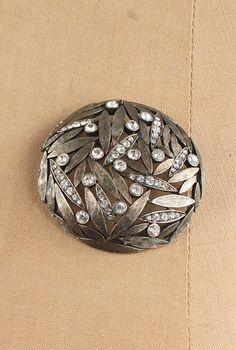 Leafy Dome Brooch, Vintage $45.00