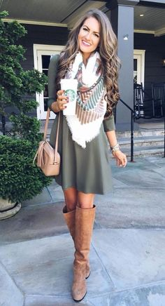 This green dress is so cute with this scarf and boots! Finding cheap fall dresses is the easiest way to up your style for the fall season. From sweater dresses to florals, here are the 30 fall dresses you need! Fashion Mode, Look Fashion, Winter Fashion, Womens Fashion, Fashion Spring, Fashion Stores, Dress Fashion, Feminine Fashion, Fashion Outfits