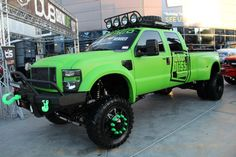 Ford 4X4 Lifted Pickup Truck