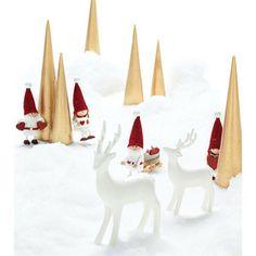 クリスマスを象徴するトナカイの陶器の置物。【トナカイ(小)】