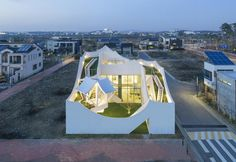 A low budget, futuristic house in Korea