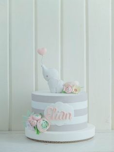 Baby shower cake elephant theme first birthdays 70 super ideas Torta Baby Shower, Baby Shower Pasta, Elephant First Birthday, First Birthday Cakes, Baby Birthday, Birthday Parties, Elephant Cakes, Elephant Theme, Deco Cupcake