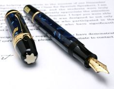 Montblanc Edgar Allan Poe - Limited Edition - New with box and warranty Best Fountain Pen, Fountain Pens, Ex Libris, Stylo Art, Graf Von Faber Castell, Luxury Pens, Fine Pens, Pen Collection, Stationery Pens