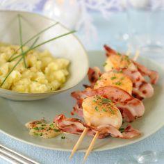 Découvrez la recette des brochettes de saint-jacques au lard grillé