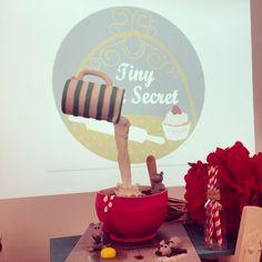 Sharon Wee Creation inspired cake. Fondant cake. Birthday cake. Tarta desayuno. Inspirada en Sharon Wee Creation. Tarta fondant. Tarta cumpleaños.