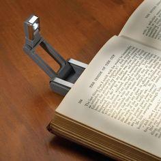 Praktikus és ráadásul még elegáns is! 1 LED-es olvasólámpa, amit könyvre csíptetve használhatunk éjszakai olvasáshoz, vagy buszon, vonaton, villamoson utazás közben, vagy akár a kabátunkra, ruhákra is... Book Worms, Led, Personalized Items, Business, Gifts, Reading, Accessories, Presents, Reading Books