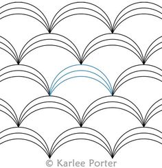 Digital Quilting Design Clamshell Triple by Karlee Porter.