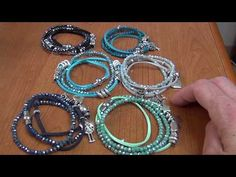 DIY. Braccialetti estivi facili e veloci - YouTube Diamond Jewelry, Silver Jewelry, Silver Rings, Bracelet Crafts, Bijoux Diy, Bracelet Tutorial, Crochet Earrings, Handmade Jewelry, Jewels