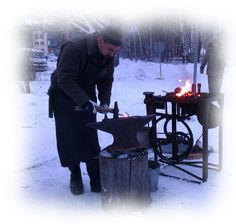 Old times Christmas Fair in Lohja Finland by My Moon. Apple Festival, Christmas Calendar, Helsinki, Small Towns, Outdoor Activities, Finland, Moon, Times, The Moon