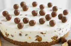 Maltesers cheesecake, always make and it turns out gawjus yummy scrummly!