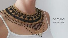 Seed Bead Jewelry Tutorials, Diy Jewellery Designs, Beaded Choker Necklace, Beaded Jewelry, Beaded Necklaces, Beaded Necklace Patterns, African Jewelry, Mexican Style, Silver Beads