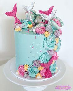 Amazing Mermaid Birthday Cake Ideas – Pineapple Paper Co. - Amazing Mermaid Birthday Cake Ideas - Pineapple Paper Co. Gorgeous Cakes, Pretty Cakes, Cute Cakes, Amazing Cakes, Amazing Birthday Cakes, Birthday Cake For Kids, Birthday Cake Designs, Cute Birthday Cakes, Mermaid Birthday Cakes