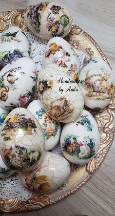 April Easter, Easter 2020, Easter Parade, Egg Crafts, Easter Crafts, Hoppy Easter, Easter Eggs, Egg Art, Egg Decorating