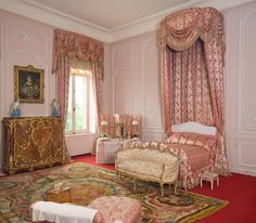 State Bedroom ©WaddesdonManor, The Rothschild Collection(NationalTrust)