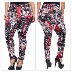 Abstract print scuba pants Abstract print scuba pants nwot Pants Skinny