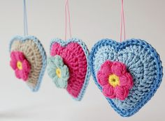 """Dragana from Dada's Place recently shared this little crochet project – Crocheted Heart Ornaments! She used the free tutorial found here to make them. She says that they are """"addictive"""" once you get started, so watch out! Stitch Crochet, Crochet Diy, Crochet Home, Love Crochet, Crochet Gifts, Crochet Motif, Beautiful Crochet, Crochet Flowers, Crochet Patterns"""