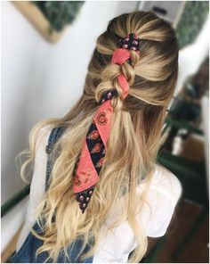 26 Prettiest Hairstyles for Long Straight Hair in 2019 - Style My Hairs Dread Hairstyles, Cute Hairstyles, Straight Hairstyles, Braided Hairstyles, Braided Locs, Hairstyle Ideas, Fringe Hairstyle, Bandana Hairstyles, Bridal Hairstyle