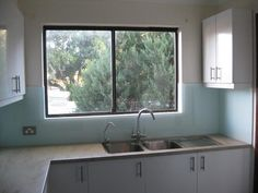 #Sydney #DIY clients #kitchen using Innovative Splashbacks® in a #custom #Dulux #colour. Our acrylic splashbacks were supplied direct to this DIY client cut to size and ready to install.