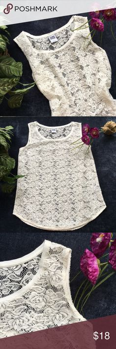 """Veto Moda Cream Lace Soft Tank Sz S The fabric on this cute tank is SO soft and comfy!  Can be worn so many different ways, and it's perfect for layering. Please see measurements, all measurements are approximate: Bust- 18"""", length from shoulder to hem- 27"""". Feel free to offer! Vero Moda Tops Tank Tops"""