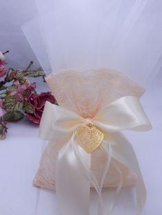 ::Μαρί Μπέλ:: Είδη γάμου   Είδη βάπτισης   Μπομπονιέρες   Νυφικά   Στέφανα   Κουτιά βάπτισης   Βαπτιστικά ρούχα   Λαμπάδες   Μαρτυρικά Wrapping Ideas, Gift Wrapping, Crafts Beautiful, Wedding Favors, Beautiful Pictures, Lavender, Gifts, Handmade, Gift Wrapping Paper