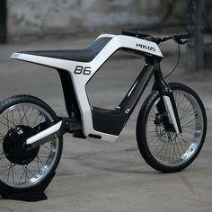 Gorgeous Novus electric motorcycle is a featherweight commuter with a heavyweight pricetag - jeep - Motorrad Futuristic Motorcycle, Motorcycle Art, Motorcycle Design, Motorcycle Quotes, Best Electric Bikes, Electric Bicycle, Electric Cars, Electric Scooter, Velo Design