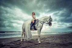 Bride on the horse