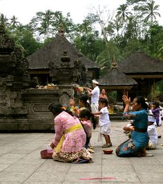 Devotees Praying at a Pura (Temple) in Bali during Galungan Festival by 1CheekyChimp, via Flickr