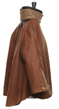 Cape in Toffee Wax Beautiful Outfits, Beautiful Clothes, Country Outfits, Tweed Jacket, Famous Faces, Vivienne Westwood, Tartan, What To Wear, Toffee