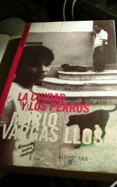 La Ciudad y los Perros Vargas Llosa, Mario  edicion definitiva total in spanish