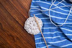 DIY kestovanulaput Knit Crochet, Throw Pillows, Sewing, Knitting, Crafts, Diy, Crocheting, Lifestyle, Crochet